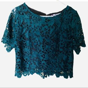 JENNIFER LOPEZ Dark Green Crocheted Crop Top SZ 14